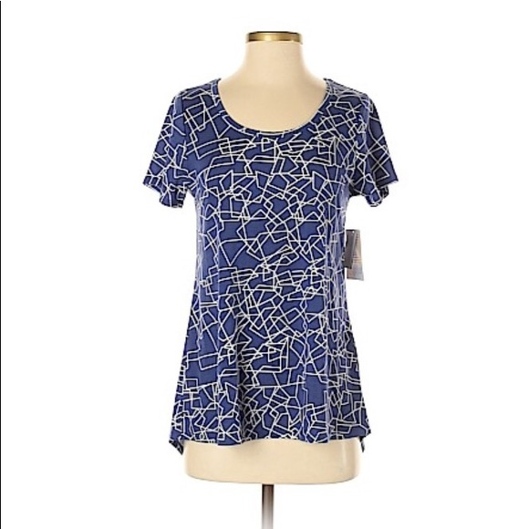 LuluRoe Tops - Lularoe Short Sleeve T-Shirt Size XS